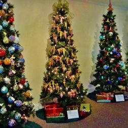 11th Annual Glassblowers' Christmas